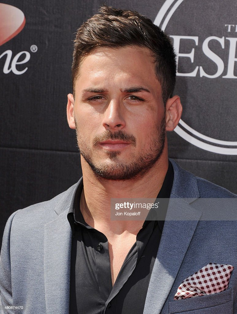 <a gi-track='captionPersonalityLinkClicked' href=/galleries/search?phrase=Danny+Amendola&family=editorial&specificpeople=2194309 ng-click='$event.stopPropagation()'>Danny Amendola</a> arrives at The 2015 ESPYS at Microsoft Theater on July 15, 2015 in Los Angeles, California.