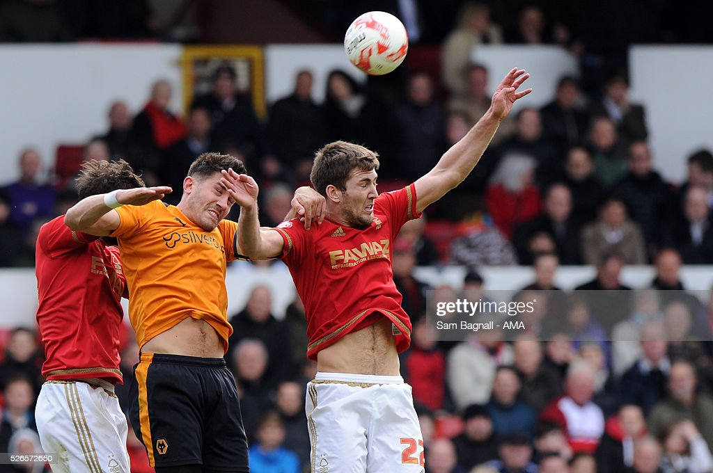 Danny Batth of Wolverhampton Wanderers and Gary Gardner of Nottingham Forest during the Sky Bet Championship match between Nottingham Forest and Wolverhampton Wanderers on April 30, 2016 in Nottingham, United Kingdom.