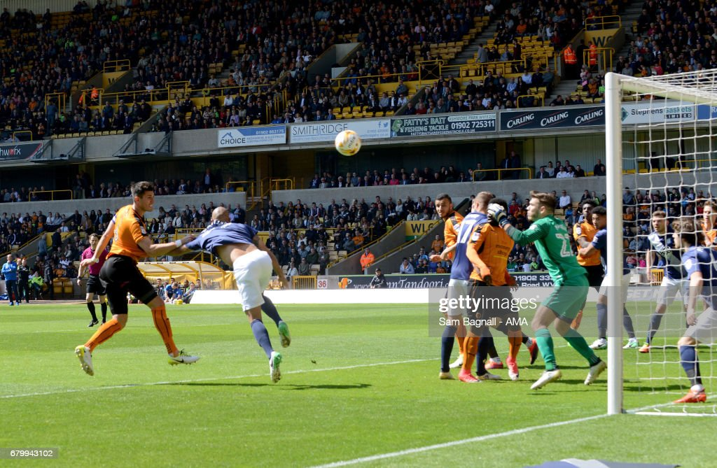 Danny Batth of Wolverhampton Wanderers scores a goal to make it 1-0 during the Sky Bet Championship match between Wolverhampton Wanderers and Preston North End at Molineux on May 7, 2017 in Wolverhampton, England.