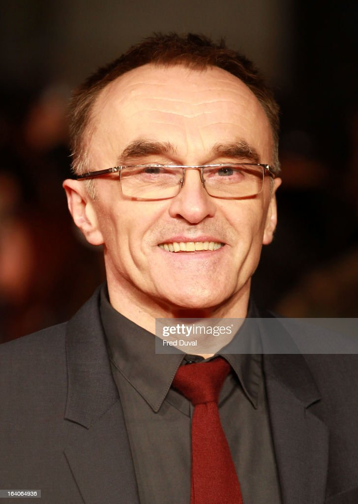 <a gi-track='captionPersonalityLinkClicked' href=/galleries/search?phrase=Danny+Boyle&family=editorial&specificpeople=1678742 ng-click='$event.stopPropagation()'>Danny Boyle</a> attends the UK film premiere of Trance at Odeon West End on March 19, 2013 in London, England.