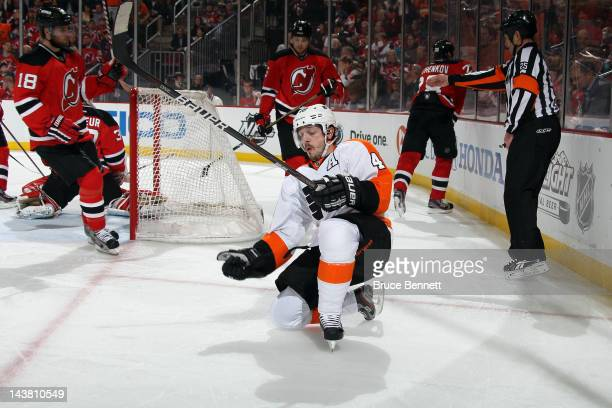 Danny Briere of the Philadelphia Flyers celebrates after scoring a goal to tie up the game 33 in the third period against Martin Brodeur of the New...