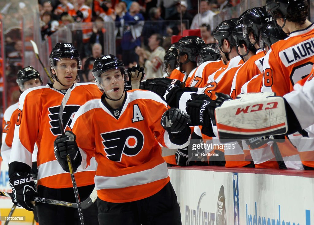 Danny Briere #48 of the Philadelphia Flyers celebrates his first-period power-play goal against the New York Islanders with the bench on April 25, 2013 at the Wells Fargo Center in Philadelphia, Pennsylvania.