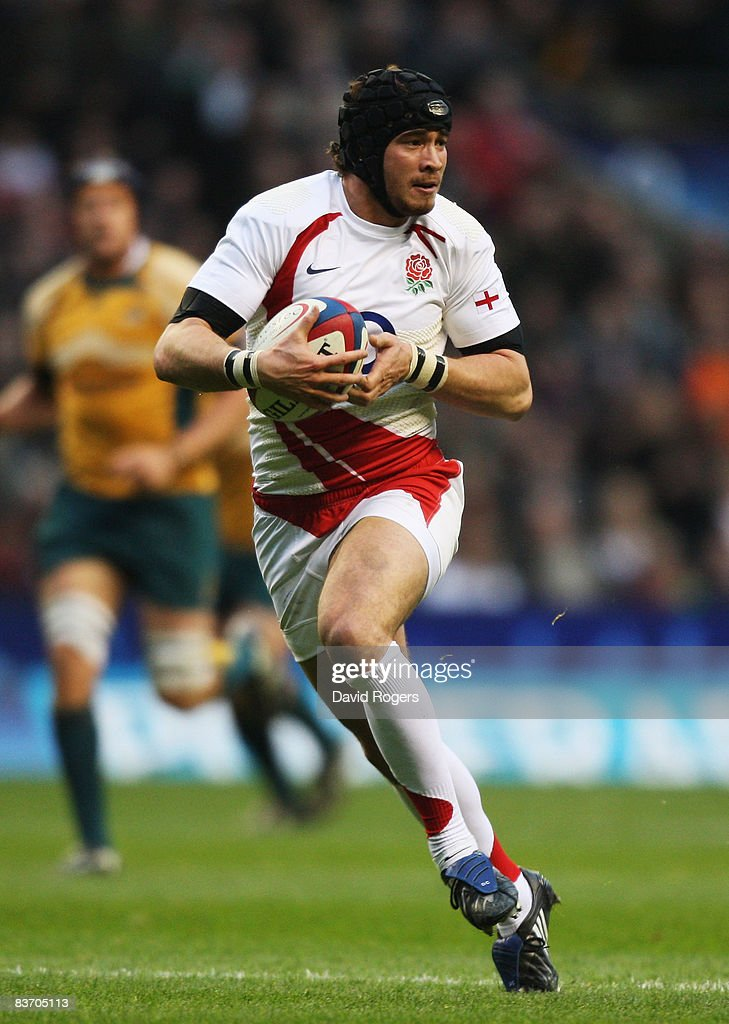 Danny Cipriani of England in action during the Investec Challenge match between England and Australia at Twickenham on November 15, 2008 in London, England.