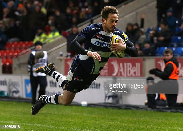 Danny Cipriani of Sale Sharks scores a try during the Aviva Premiership match between Sale Sharks and Exeter Chiefs at AJ Bell Stadium on December 19...