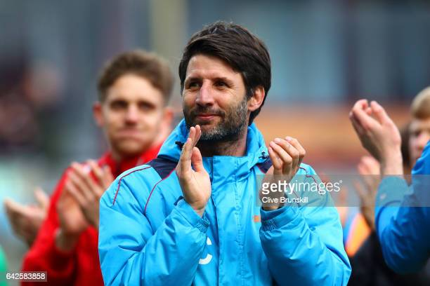 Danny Cowley manager of Lincoln City shows appreciation to the fans after The Emirates FA Cup Fifth Round match between Burnley and Lincoln City at...