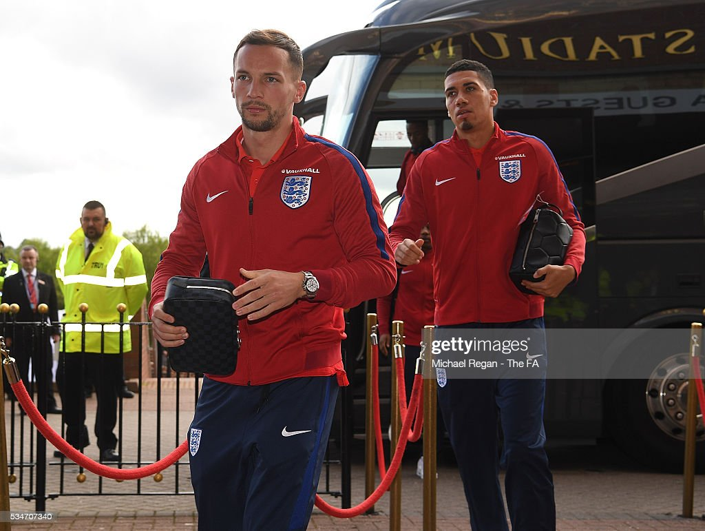 <a gi-track='captionPersonalityLinkClicked' href=/galleries/search?phrase=Danny+Drinkwater&family=editorial&specificpeople=4224396 ng-click='$event.stopPropagation()'>Danny Drinkwater</a> of England arrives at the ground ahead of the International Friendly match between England and Australia at Stadium of Light on May 27, 2016 in Sunderland, England.