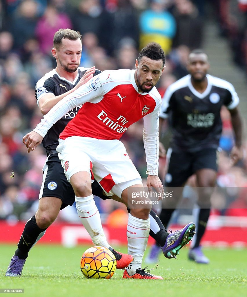 Danny Drinkwater of Leicester City in action with Francis Coquelin of Arsenal during the Premier League match between Arsenal and Leicester City at Emirates Stadium on February 14, 2016 in London, United Kingdom.