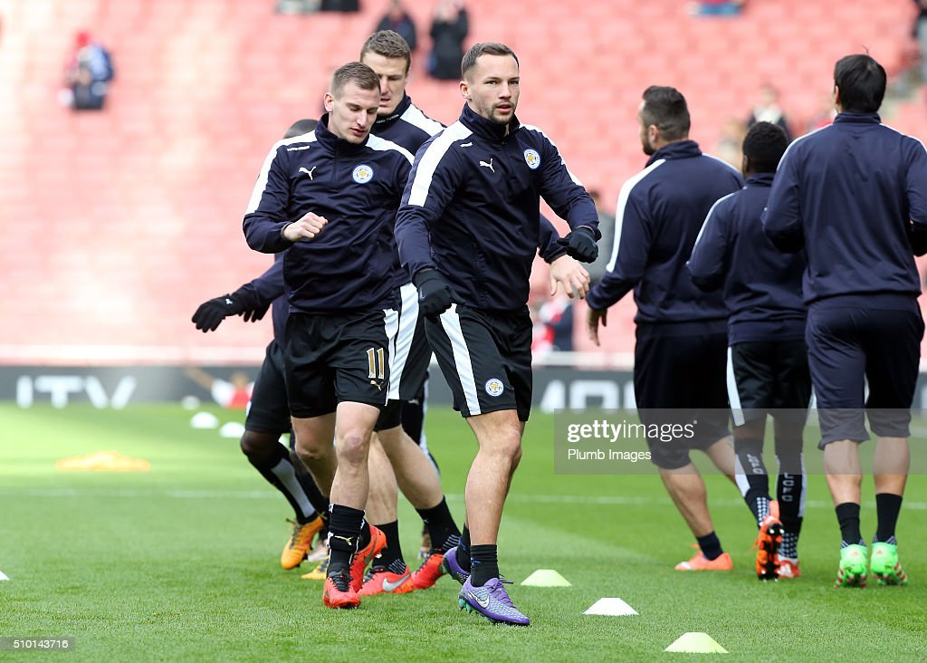 <a gi-track='captionPersonalityLinkClicked' href=/galleries/search?phrase=Danny+Drinkwater&family=editorial&specificpeople=4224396 ng-click='$event.stopPropagation()'>Danny Drinkwater</a> of Leicester City warms up at The Emirates Stadium ahead of the Premier League match between Arsenal and Leicester City at Emirates Stadium on February 14, 2016 in London, United Kingdom.