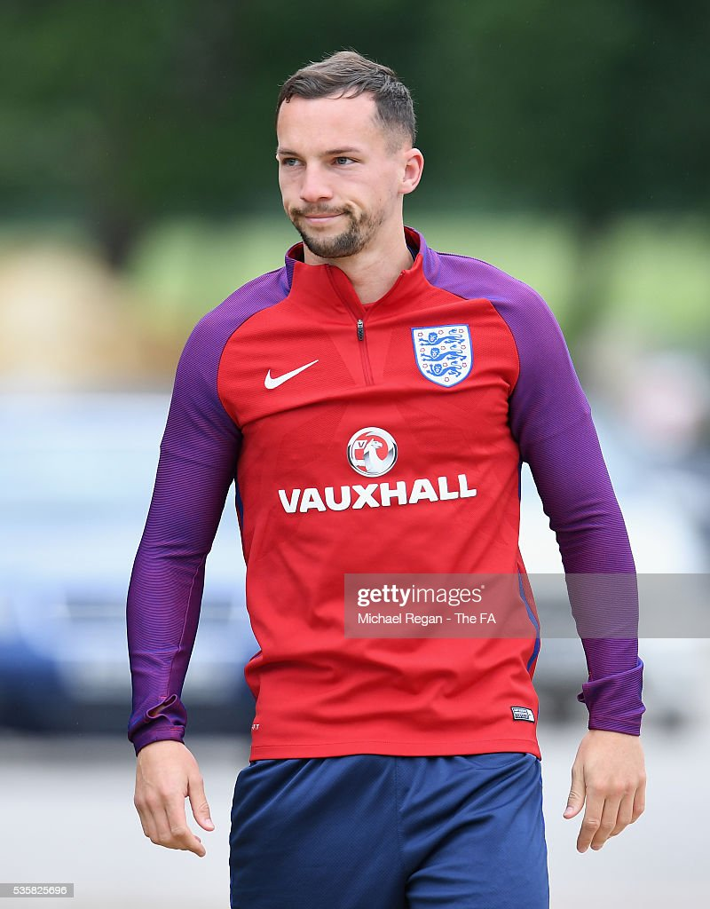 <a gi-track='captionPersonalityLinkClicked' href=/galleries/search?phrase=Danny+Drinkwater&family=editorial&specificpeople=4224396 ng-click='$event.stopPropagation()'>Danny Drinkwater</a> walks on prior to an England training session at London Colney on May 30, 2016 near St Albans, England.