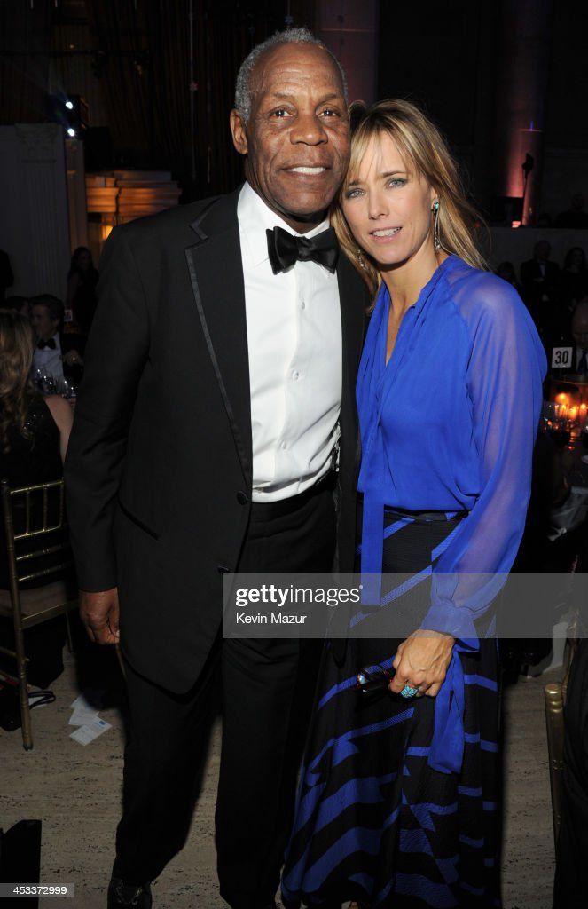 <a gi-track='captionPersonalityLinkClicked' href=/galleries/search?phrase=Danny+Glover&family=editorial&specificpeople=171304 ng-click='$event.stopPropagation()'>Danny Glover</a> and <a gi-track='captionPersonalityLinkClicked' href=/galleries/search?phrase=Tea+Leoni&family=editorial&specificpeople=204720 ng-click='$event.stopPropagation()'>Tea Leoni</a> attend The Ninth Annual UNICEF Snowflake Ball at Cipriani, Wall Street on December 3, 2013 in New York City.