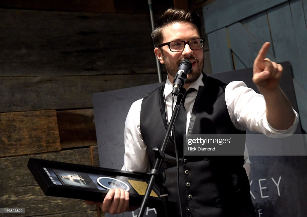 """Danny Gokey Celebrates #1 Song """"Hope In Front Of Me"""" And Billboard #1 Album Debut"""