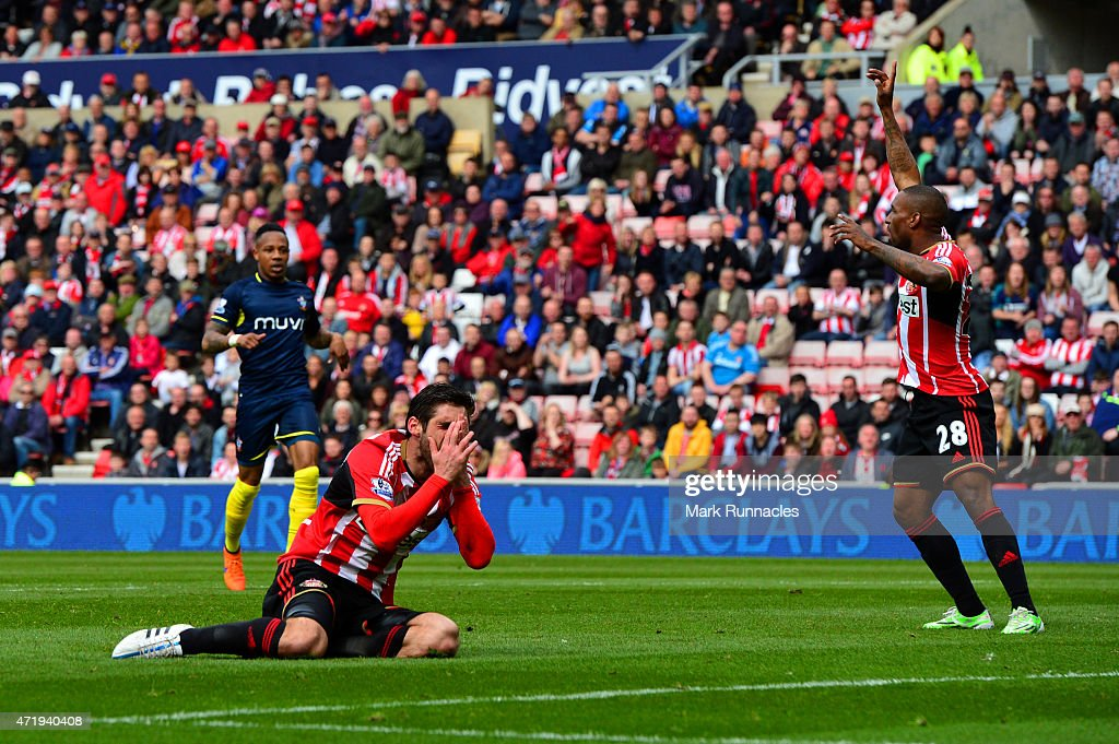 Danny Graham of Sunderland reacts after a challenge by Jose Fonte (not in picture) of Southampton leading to a penalty during the Barclays Premier League match between Sunderland and Southampton at Stadium of Light on May 2, 2015 in Sunderland, England.
