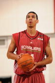Danny Green of Cleveland Cavaliers shoots a free throw against the Milwaukee Bucks during NBA Summer League presented by EA Sports on July 12 2009 at...