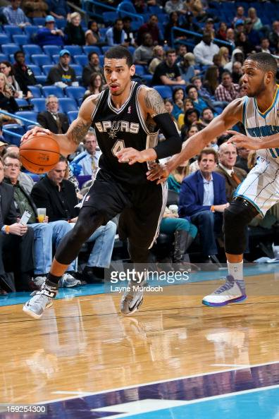 Danny Green of the San Antonio Spurs drives against the New Orleans Hornets on January 7 2013 at the New Orleans Arena in New Orleans Louisiana NOTE...
