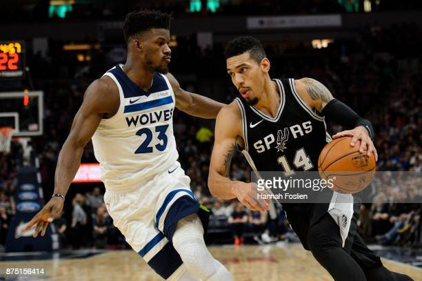 Danny Green of the San Antonio Spurs drives to the basket against Jimmy Butler of the Minnesota Timberwolves during the game on November 15 2017 at...