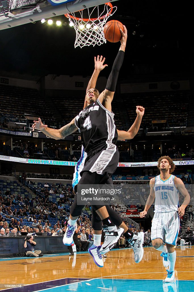 Danny Green #4 of the San Antonio Spurs drives to the basket against the New Orleans Hornets on January 7, 2013 at the New Orleans Arena in New Orleans, Louisiana.