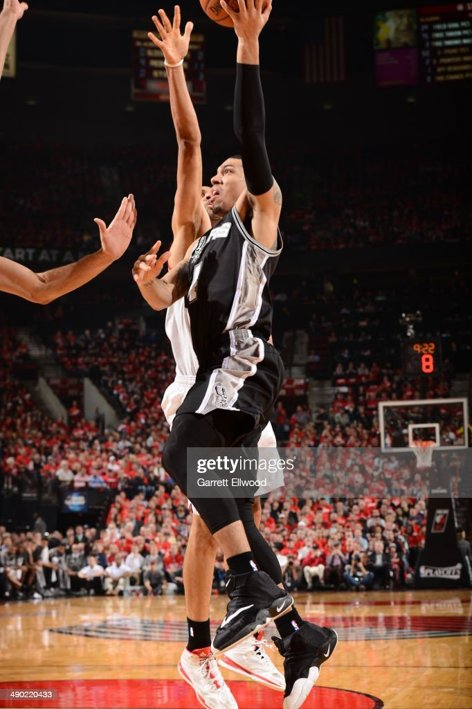 Danny Green #4 of the San Antonio Spurs drives to the basket against the Portland Trail Blazers in Game Three of the Western Conference Semifinals on May 10, 2014 at the Moda Center in Portland, Oregon.