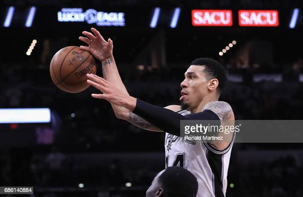 Danny Green of the San Antonio Spurs handles the ball in the second half against the Golden State Warriors during Game Three of the 2017 NBA Western...