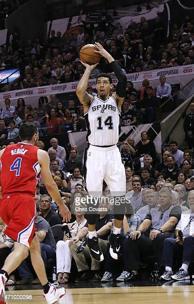 Danny Green of the San Antonio Spurs shoots a three point shot over JJ Redick of the Los Angeles Clippers in Game Three during the first round of the...