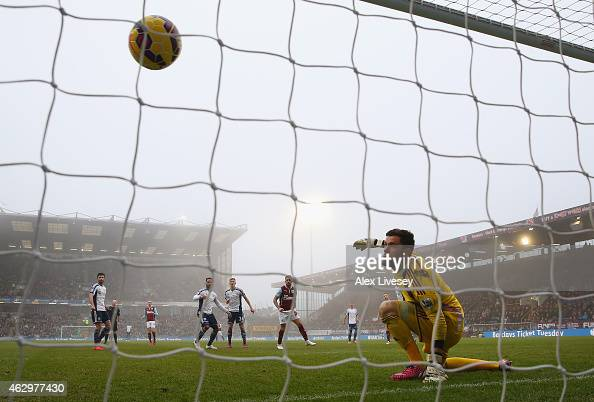 Danny Ings of Burnley scores their second goal past Ben Foster of West Brom during the Barclays Premier League match between Burnley and West...
