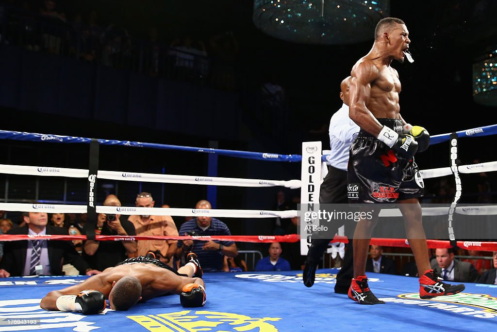 <a gi-track='captionPersonalityLinkClicked' href=/galleries/search?phrase=Danny+Jacobs+-+Pugile&family=editorial&specificpeople=15133530 ng-click='$event.stopPropagation()'>Danny Jacobs</a> knocks out Giovanni Lorenzo in the third round of their Junior Middleweight fight at Best Buy Theater on August 19, 2013 in New York City.
