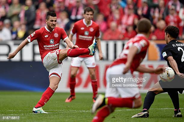 Danny Latza of 1 FSV Mainz 05 misses a chance at goal as the ball hits the goal post during the Bundesliga match between 1 FSV Mainz 05 and FC...