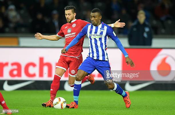 Danny Latza of FSV Mainz 05 and Salomon Kalou of Hertha BSC during the game between Hertha BSC and FSV Mainz 05 on December 20 2015 in Berlin Germany