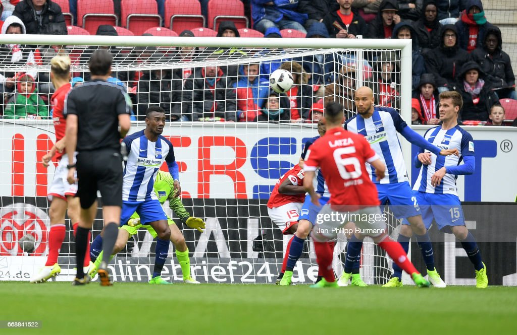 Danny Latza of FSV Mainz 05 shoots the goal to 1:0 during the game between FSV Mainz 05 and Hertha BSC on april 15, 2017 in Mainz, Germany.