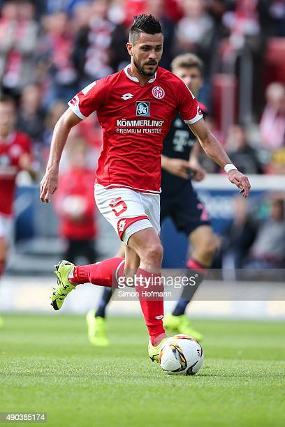 Danny Latza of Mainz controls the ball during the Bundesliga match between 1 FSV Mainz 05 and FC Bayern Muenchen at Coface Arena on September 26 2015...