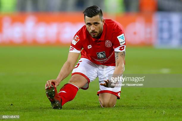 Danny Latza of Mainz looks on during the Bundesliga match between 1 FSV Mainz 05 and Hamburger SV at Opel Arena on December 17 2016 in Mainz Germany