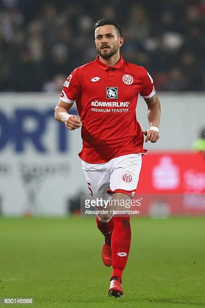 Danny Latza of Mainz runs during the Bundesliga match between 1 FSV Mainz 05 and Hamburger SV at Opel Arena on December 17 2016 in Mainz Germany