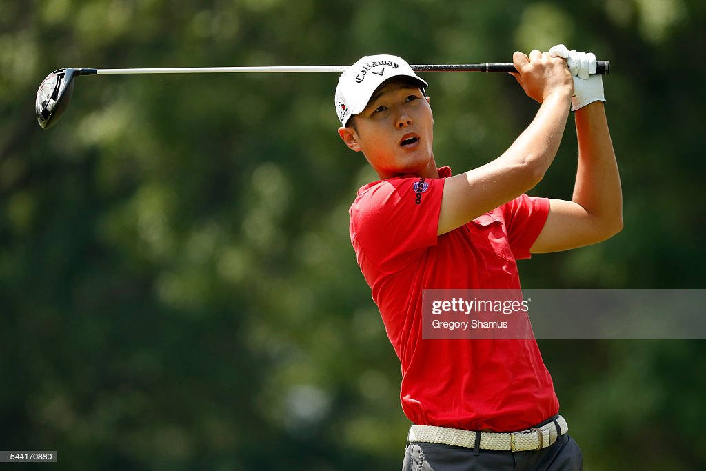 <a gi-track='captionPersonalityLinkClicked' href=/galleries/search?phrase=Danny+Lee+-+Golfer&family=editorial&specificpeople=5504075 ng-click='$event.stopPropagation()'>Danny Lee</a> of New Zealand hits off the third tee during the second round of the World Golf Championships - Bridgestone Invitational at Firestone Country Club South Course on July 1, 2016 in Akron, Ohio.