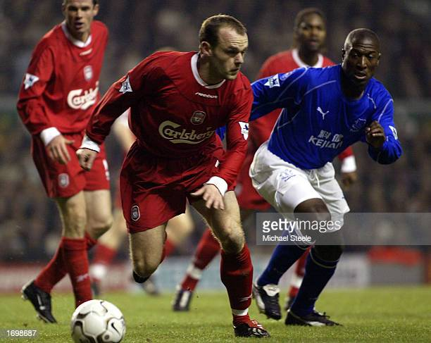 Danny Murphy of Liverpool gets away from Kevin Campbell of Everton during the FA Barclaycard Premiership match between Liverpool and Everton at...