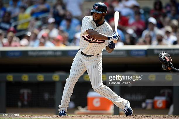Danny Santana of the Minnesota Twins bats against the Chicago White Sox during the game on May 2 2015 at Target Field in Minneapolis Minnesota The...