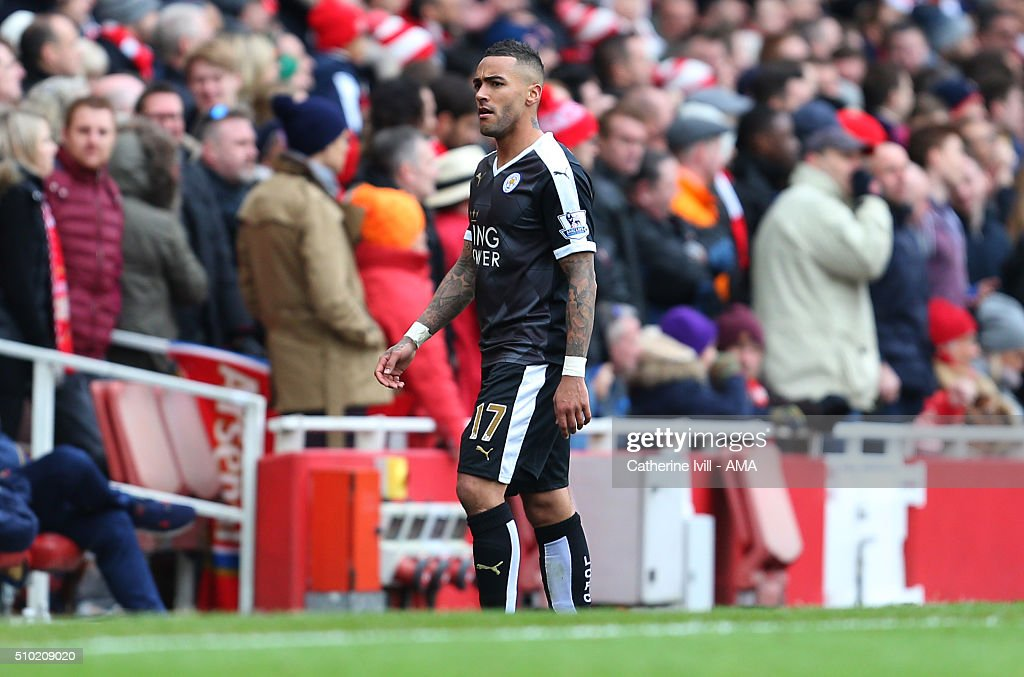 Danny Simpson of Leicester City walks off after being shown a red card and sent off during the Barclays Premier League match between Arsenal and Leicester City at the Emirates Stadium on February 14, 2016 in London, England.