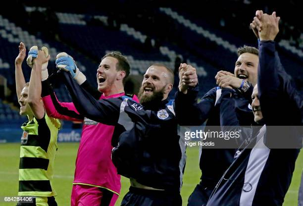 Danny Ward of Huddersfield Town and his team mates celebrate after the Sky Bet Championship play off semi final second leg match between Sheffield...