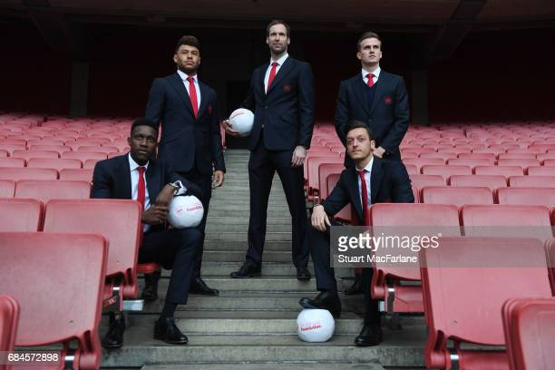 Danny Welbeck Alex OxladeChamberlain Petr Cech Mesut Ozil and Rob Holding of Arsenal attend 'A Night To Inspire' The Arsenal Foundation Charity Ball...