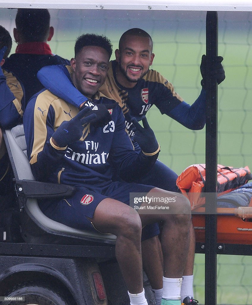 <a gi-track='captionPersonalityLinkClicked' href=/galleries/search?phrase=Danny+Welbeck&family=editorial&specificpeople=4223930 ng-click='$event.stopPropagation()'>Danny Welbeck</a> and <a gi-track='captionPersonalityLinkClicked' href=/galleries/search?phrase=Theo+Walcott&family=editorial&specificpeople=451535 ng-click='$event.stopPropagation()'>Theo Walcott</a> of Arsenal after a training session at London Colney on February 13, 2016 in St Albans, England.
