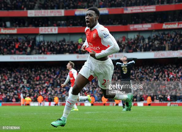 Danny Welbeck celebrates scoring Arsenal's 2nd goal during the Barclays Premier League match between Arsenal and Leicester City at Emirates Stadium...