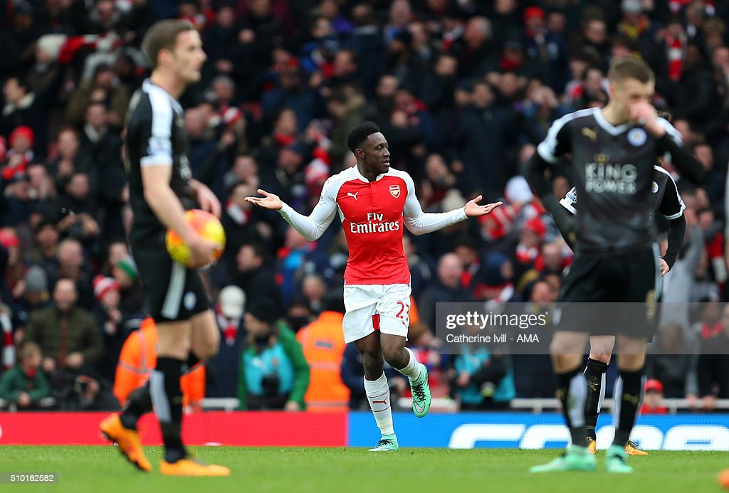 <a gi-track='captionPersonalityLinkClicked' href=/galleries/search?phrase=Danny+Welbeck&family=editorial&specificpeople=4223930 ng-click='$event.stopPropagation()'>Danny Welbeck</a> of Arsenal celebrates after he scores to make it 2-1 behind a dejected Leicester City team during the Barclays Premier League match between Arsenal and Leicester City at the Emirates Stadium on February 14, 2016 in London, England.