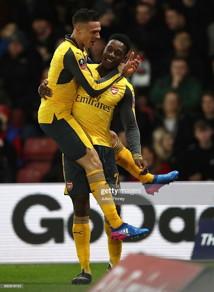 Danny Welbeck of Arsenal celebrates with Kieran Gibbs of Arsenal after scoring his sides first goal during the Emirates FA Cup Fourth Round match between Southampton and Arsenal at St Mary's Stadium on January 28, 2017 in Southampton, England.