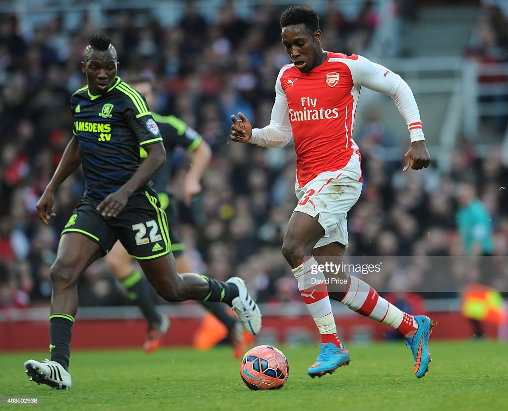 <a gi-track='captionPersonalityLinkClicked' href=/galleries/search?phrase=Danny+Welbeck&family=editorial&specificpeople=4223930 ng-click='$event.stopPropagation()'>Danny Welbeck</a> of Arsenal runs at Kenneth Omerou of Middlesbrough during the match between Arsenal and Middlesbrough in the FA Cup 5th Round at Emirates Stadium on February 15, 2015 in London, England.