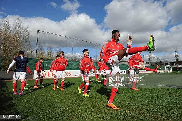 Danny Welbeck of Arsenal warms up before the match between Arsenal U23 and Chelsea U23 at London Colney on February 24 2017 in St Albans England