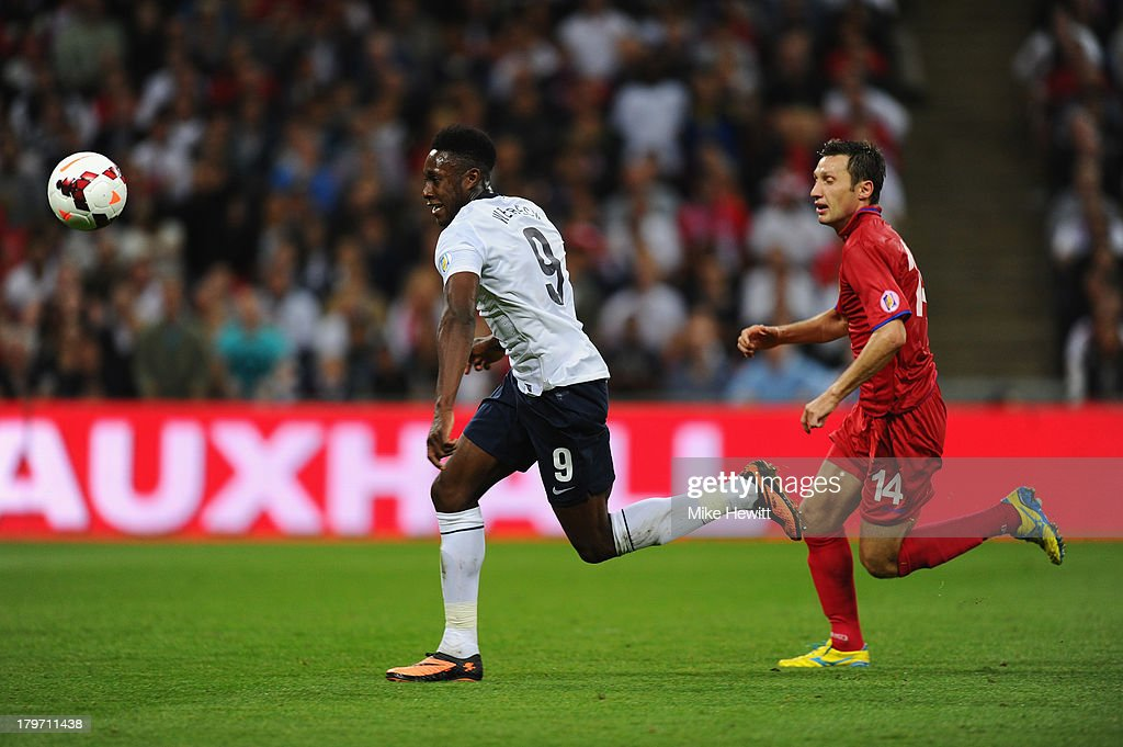 Danny Welbeck of England breaks with the ball during the FIFA 2014 World Cup Qualifying Group H match between England and Moldova at Wembley Stadium on September 6, 2013 in London, England.