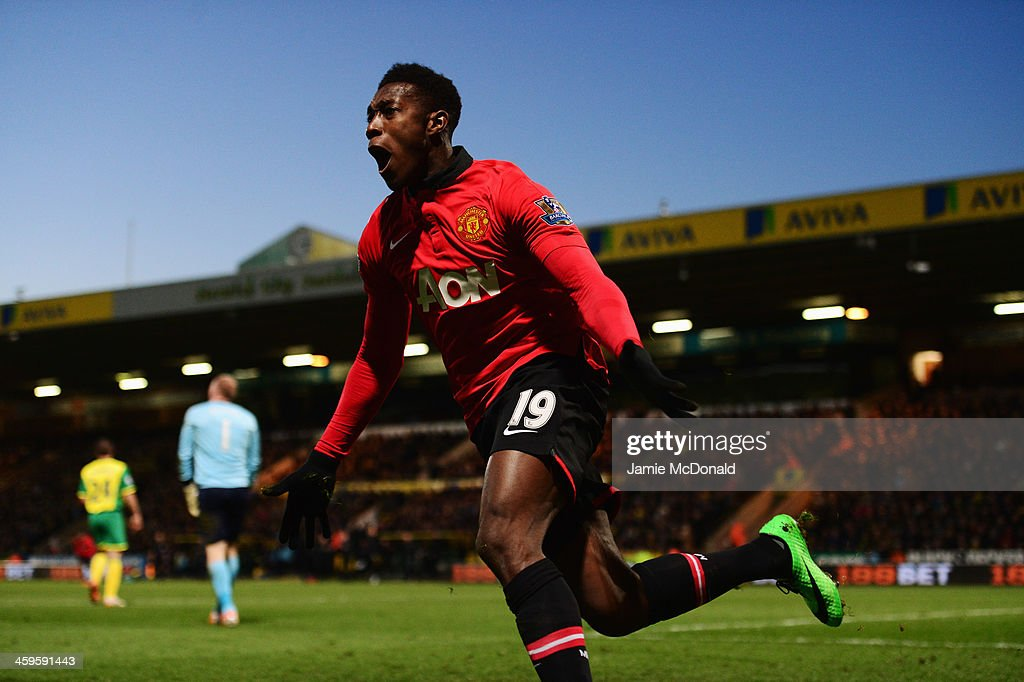 <a gi-track='captionPersonalityLinkClicked' href=/galleries/search?phrase=Danny+Welbeck&family=editorial&specificpeople=4223930 ng-click='$event.stopPropagation()'>Danny Welbeck</a> of Manchester United celebrates as he scores their first goal during the Barclays Premier League match between Norwich City and Manchester United at Carrow Road on December 28, 2013 in Norwich, England.