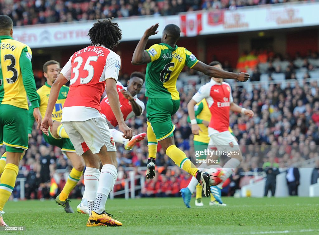 Danny Welbeck scores Arsenal's goal during the Barclays Premier League match between Arsenal and Norwich City at on April 30th, 2016 in London, England