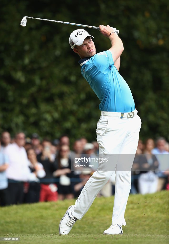 <a gi-track='captionPersonalityLinkClicked' href=/galleries/search?phrase=Danny+Willett&family=editorial&specificpeople=4488861 ng-click='$event.stopPropagation()'>Danny Willett</a> of England tees off on the 2nd hole during day three of the BMW PGA Championship at Wentworth on May 28, 2016 in Virginia Water, England.
