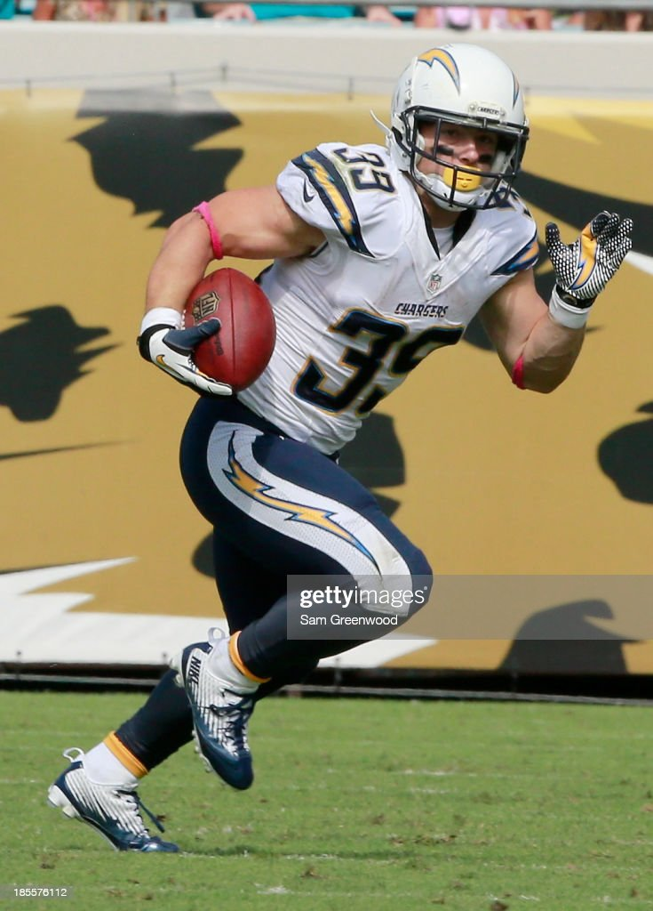 Danny Woodhead #39 of the San Diego Chargers runs for yardage during the game against the Jacksonville Jaguars at EverBank Field on October 20, 2013 in Jacksonville, Florida.