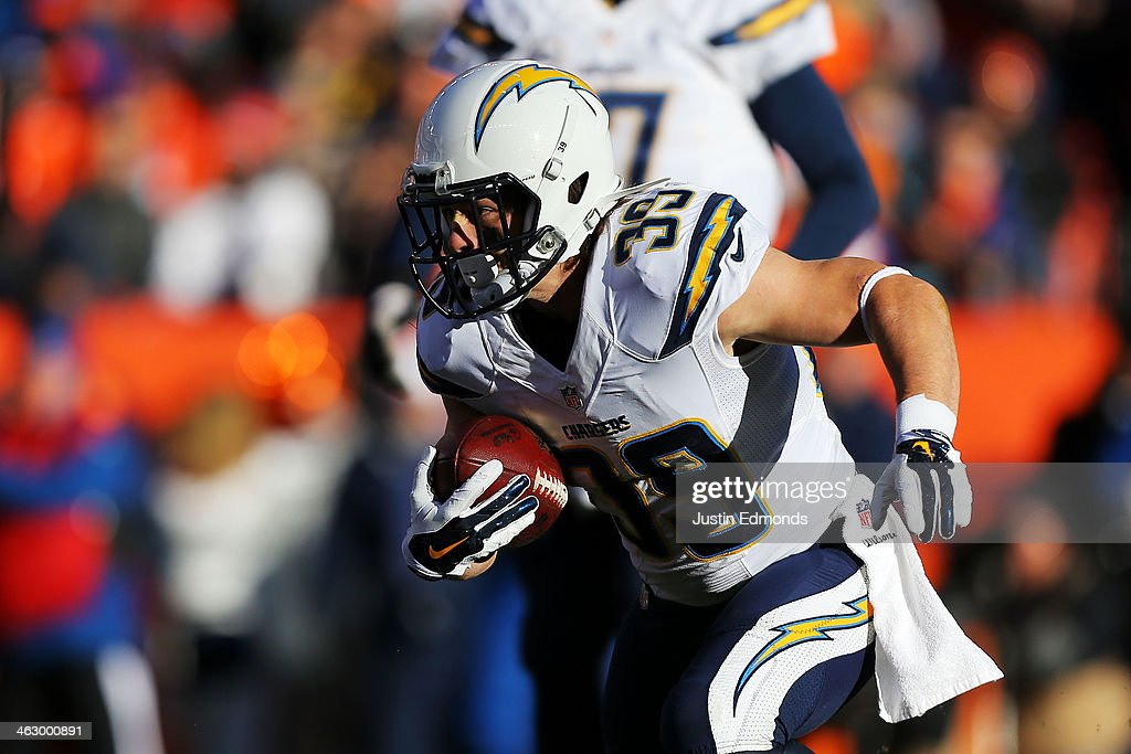 <a gi-track='captionPersonalityLinkClicked' href=/galleries/search?phrase=Danny+Woodhead&family=editorial&specificpeople=4536267 ng-click='$event.stopPropagation()'>Danny Woodhead</a> #39 of the San Diego Chargers runs the ball during the AFC Divisional Playoff Game against the Denver Broncos at Sports Authority Field at Mile High on January 12, 2014 in Denver, Colorado.