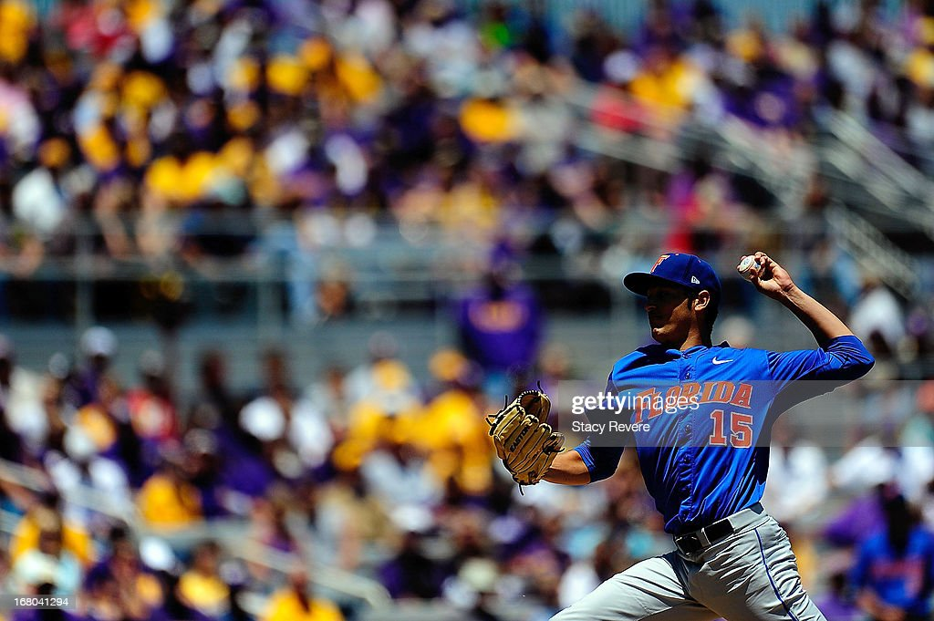 Danny Young #15 of the Florida Gators throws a pitch against the LSU Tigers during a game at Alex Box Stadium on May 4, 2013 in Baton Rouge, Louisiana.